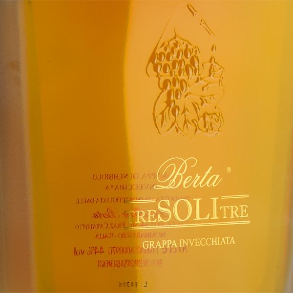 Grappa Tre Soli Tre - Distilleria Berta (Piemont)Bild